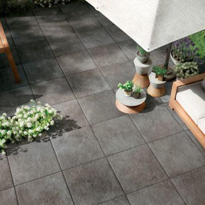 pavimenti per esterni effetto metallo: officine