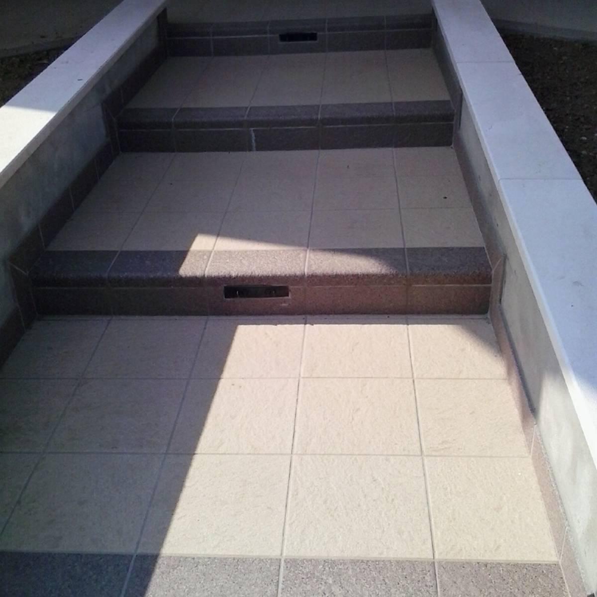 Pavimenti esterni120