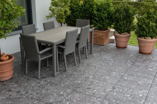 Pavimento per esterno effetto pietra