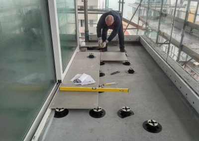 Pavimento per balcone flottante
