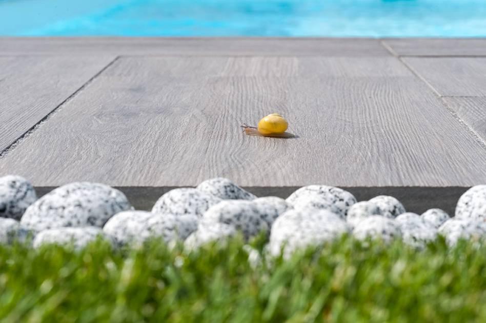 pavimento esterno effetto legno decking sd03 dettaglio